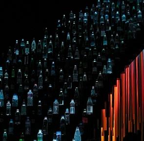 cascada-de-botellas